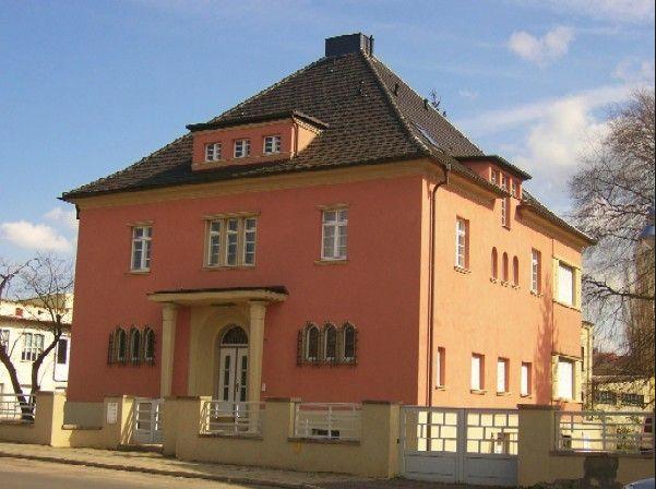 Denkmalgeschützte Bauhaus-Villa in Sangerhausen zum Verkauf